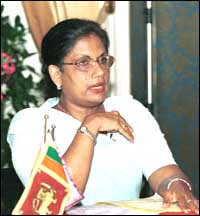chandrika_press-meet.jpg