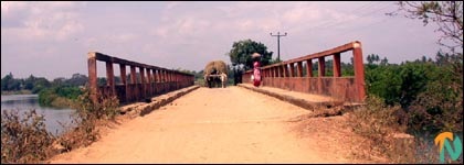 kattiparichchaan_bridge.jpg