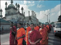 monks_demo_col_200599.jpg