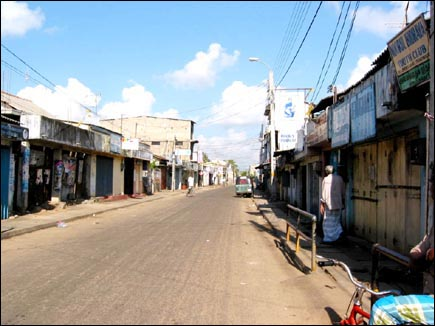 Trinco shut down due to Hartal