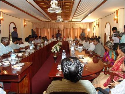 TNA MPs, Pirapaharan discusses peace talks, ISGA