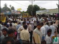3rd phase of Human Chain Protest in Thenmaradchi