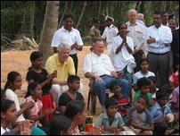 George HW Bush, Bill Clinton, US ex-presidents visit Sri Lanka