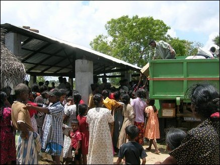 Alikambai villagers receive aid