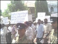 Vanni journalists protest