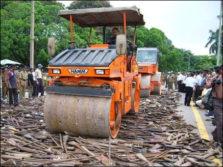 TamilNet: 08.07.05 SL government destroys weapon collection