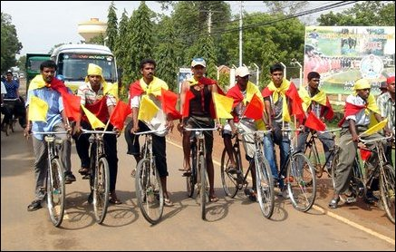 Bicyle convoy from VVT