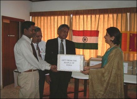 India donates medicines to Kilinochchi