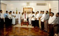 UNPers join SLFP