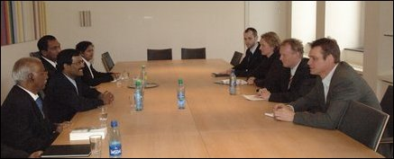 LTTE delegation in meeting with Norwegian state secretary