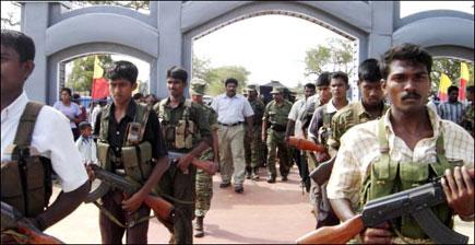 tamilnet 29 11 06 sri lanka army bulldozes heroes