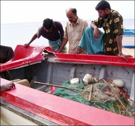 SLN attacks fishermen