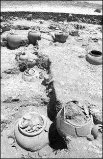 Megalithic urn burials in Tamil Nadu
