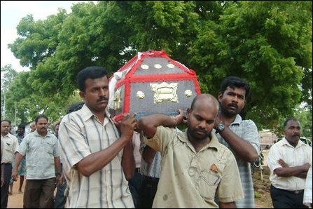 Homage paid to slain Vimalakumar