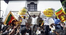 Sinhalese's extremists demonstrate against Canada