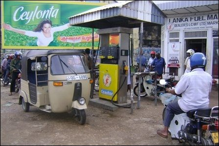 Acute fuel shortage in Jaffna