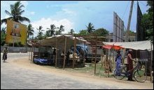 JMC evicts Sinhalese pavement traders