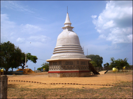 Vadduvaakal Buddhist stupa