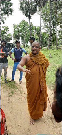 Panamure Thilakawansha Thero at Veaththoor-cheanai in Vellaa-ve'li